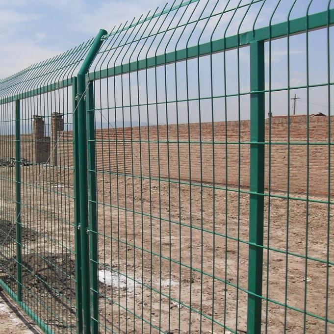 朋英丝网023 机场框架围网厂家直销定制加工各种框架护栏网围网